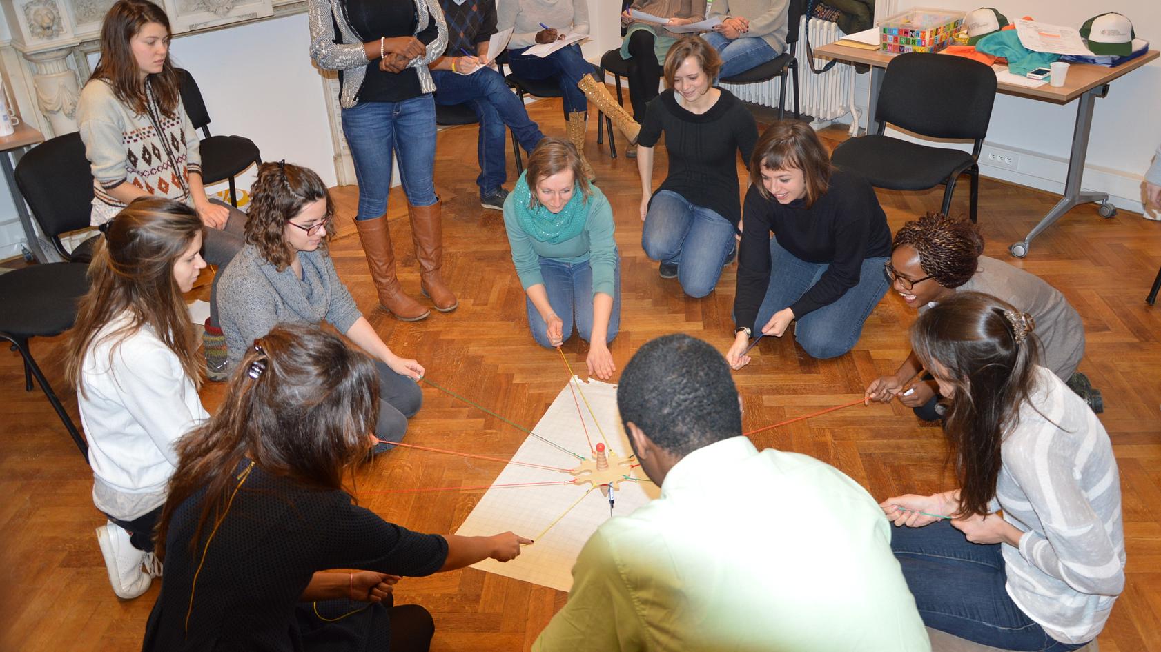 formation ; pédagogie active ; volontaire; projets